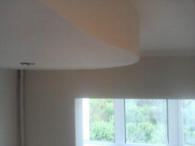 элемент многоуровневого потолка