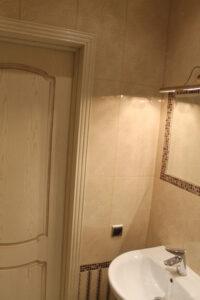 отделка в ванной комнате в квартире по ул. Бассейная