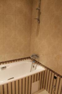 облицовка ванны керамической плиткой