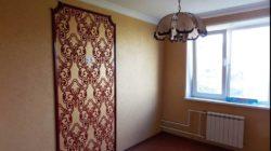 Устройство декоративной панели на стене